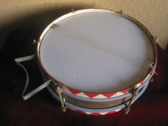 vintage boudoir Christmas decorations marching drum old musical instrument Old tin drum