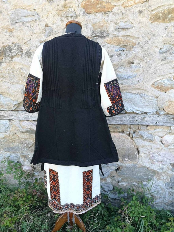 Antique women's ethnic costume, traditional folkl… - image 7