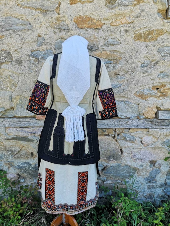 Antique women's ethnic costume, traditional folkl… - image 10