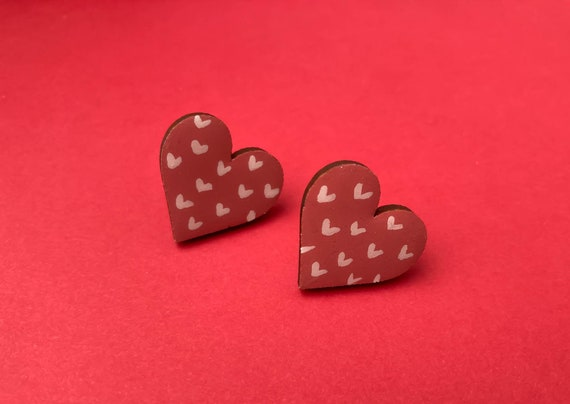 Dusty Rose Pink Wooden Heart Stud Earrings. Hand Painted Statement Earrings, perfect for Valentines Day. Gift for her.