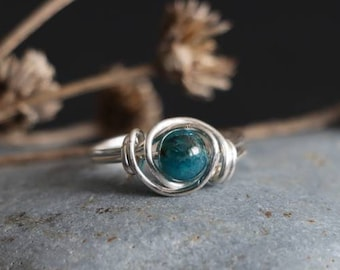 Sunburst stamp Oxidized Ring 6mm bright blue apatite,neon Blue apatite Stack Ring,Hand Stamped Band Sterling Silver