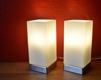 Unique: 2 table lamps with desired photo for couples