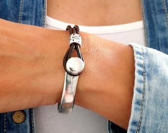 Leather zamak bracelet - Zamak Half cuff - Leather accesories - Gif for Him - Present for women - Leather bracelet - Boho style