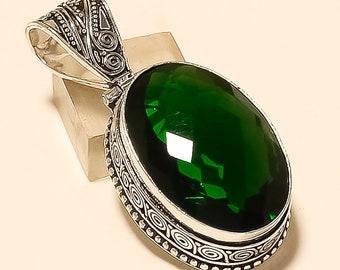 aa3e29467dd8b Women Faceted Emerald Quartz Oval Shape Vintage Jewelry 925 Sterling Silver  Plated Pendant Handwork Jewelry Women Ethnic Pendant Gift Women