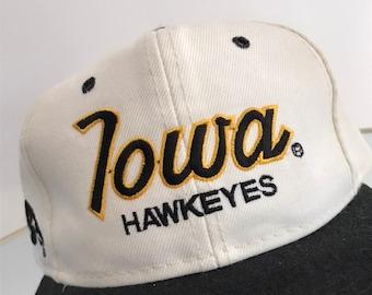 e364b1fb36c Iowa Hawkeyes script Hat Starter snapback vintage cap sports specialties  basketball NBA retro strapback deadstock fitted baseball football j