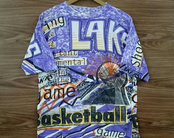 bcc6014b9a0e RARE Vintage LA Lakers basketball team full print graphic Magic Johnson tee  L size