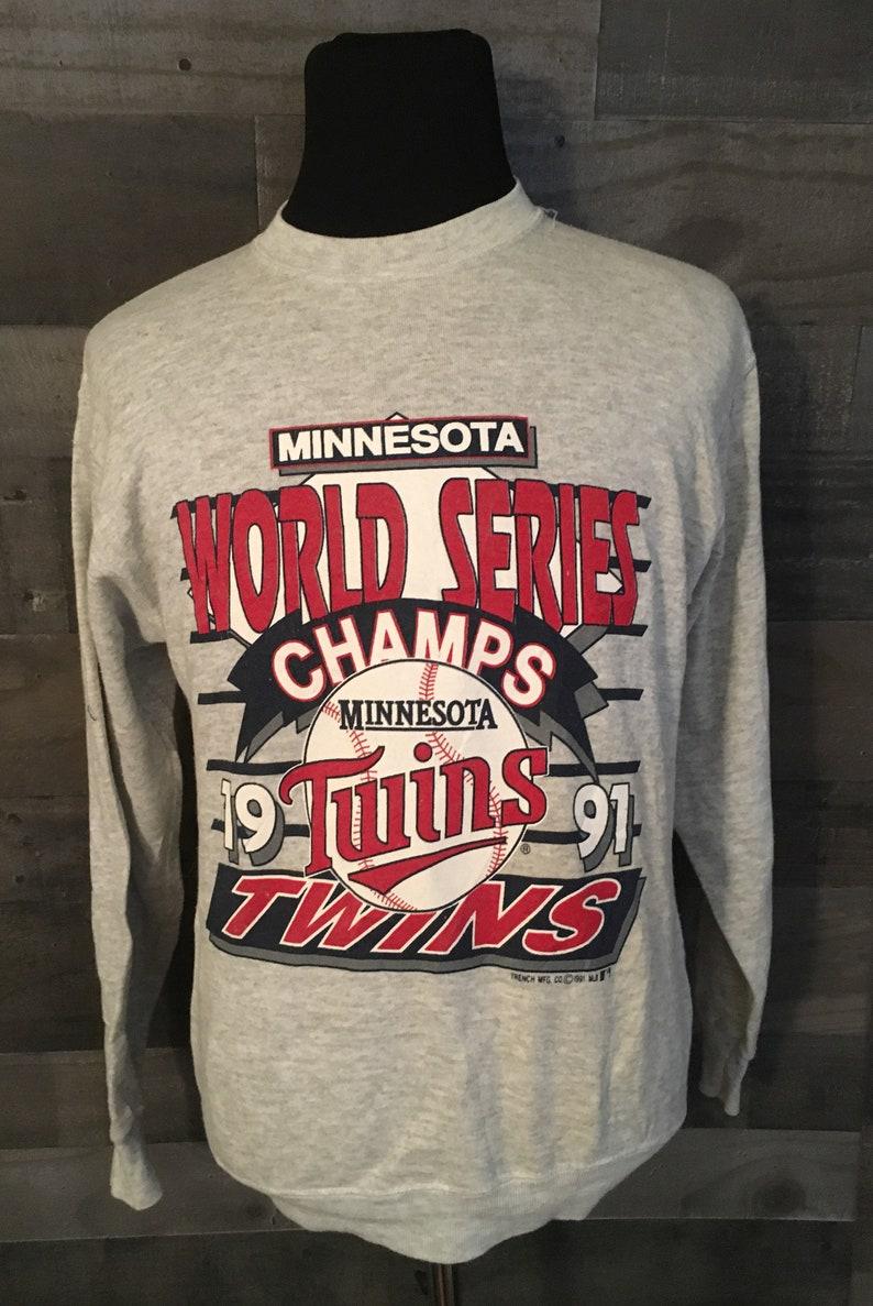 best website 53729 620e6 Vintage Minnesota Twins 1991 World Series MLB Baseball Gray Crewneck  Sweatshirt / vintage mlb sweatshirt / baseball sweater Medium