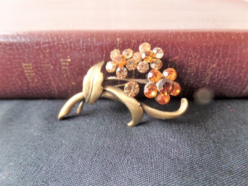 Vintage Costume Jewelry Vintage Brooch Vintage Gold TONE Metal Multi Shades of Orange Rhinestones in a Floral Shape Brooch Vintage Flower