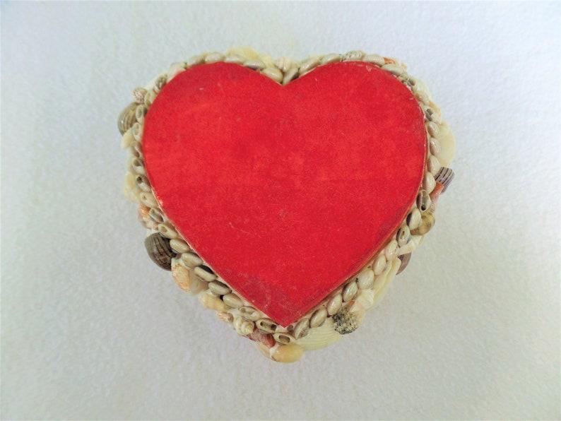 Trinket Box Vintage Shells Handmade 1970/'s Vintage Vanity Decor Vintage Heart Shaped Shell Covered Trinket Box