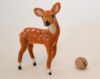 Fawn felt animal - needle felted fawn, deer of felt, spring decoration