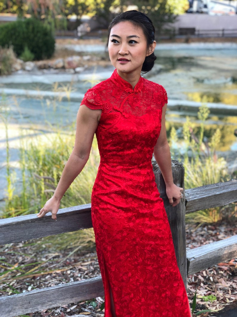 Chinese Wedding Dress.Modern Lace Cheongsam Chinese Wedding Dress Custom Qipao Chinese Custom Dress Traditional Qipao Dress Tea Ceremony
