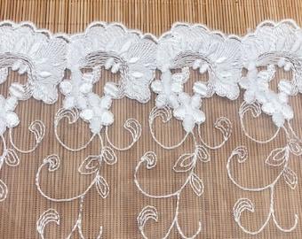 Vintage White Venice Lace Applique Heart Destash Venise Trim