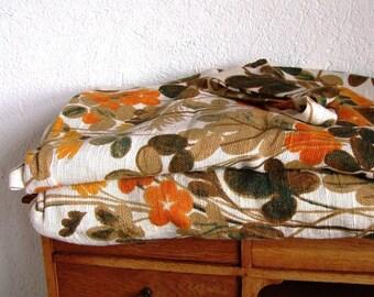 vintage 2 curtains autumn flowers 70s