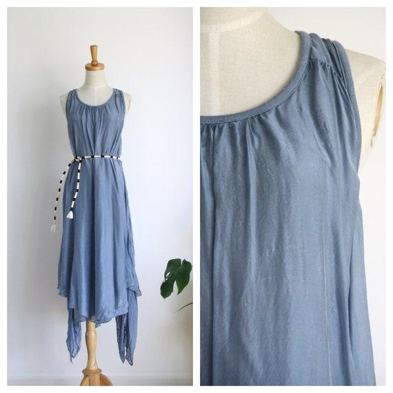 Vintage pale blue silk maxi dress. Blue crinkle ta