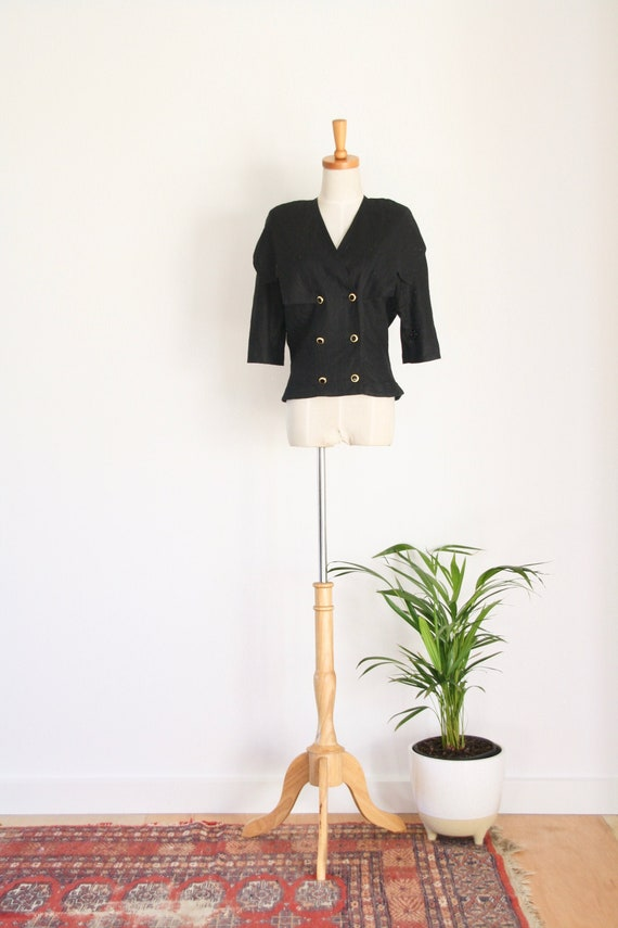1980s does 1940s black linen jacket. Linen summer