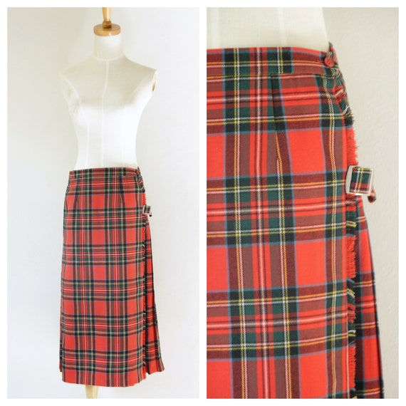 Vintage red wool tartan skirt. Red pleated tartan