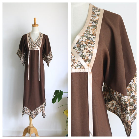 Vintage 70s brown hippy dress. Brown handkerchief