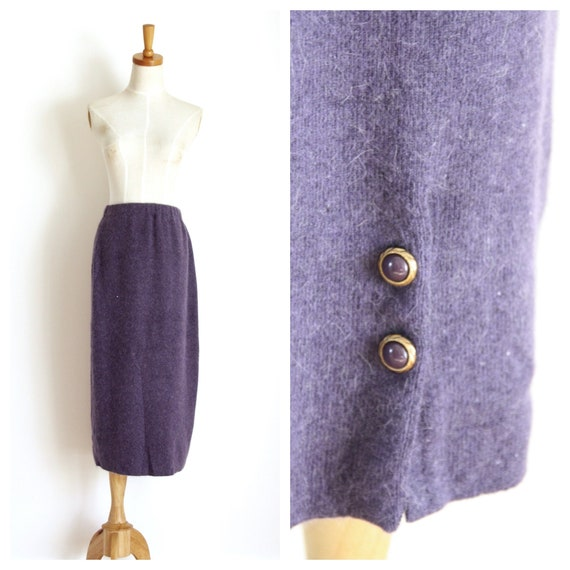 Purple wool 50s wiggle skirt. Winter wool skirt. 1