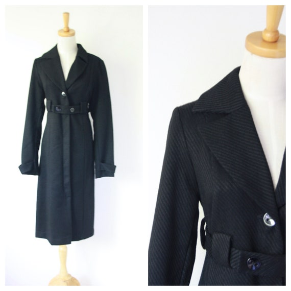 Long black coat. Black fitted winter coat. Black g