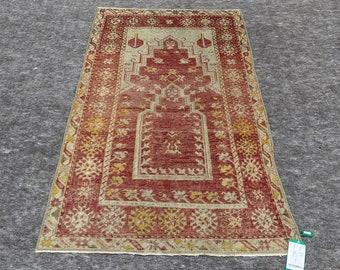 3'0'' x 5'5'' Anatolian Rug, Vintage Rug, Old Rug, Handmade Rug, Natural Rug, Wool Rug, Floor Rug,Turkish Rug, Prayer Rug, Red Rug