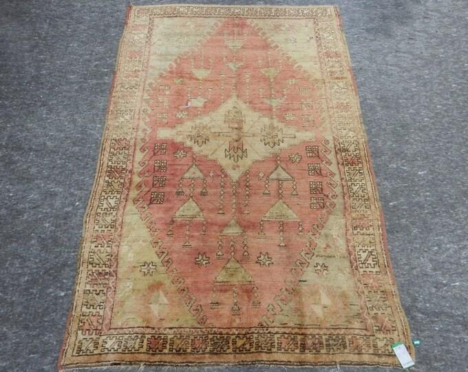 5'8'' x 9'8'' Anatolian Rug, Vintage Rug, Old Rug, Handmade Rug, Natural Rug, Wool Rug, Floor Rug,Turkish Rug, Red, Beige, Antique Rug