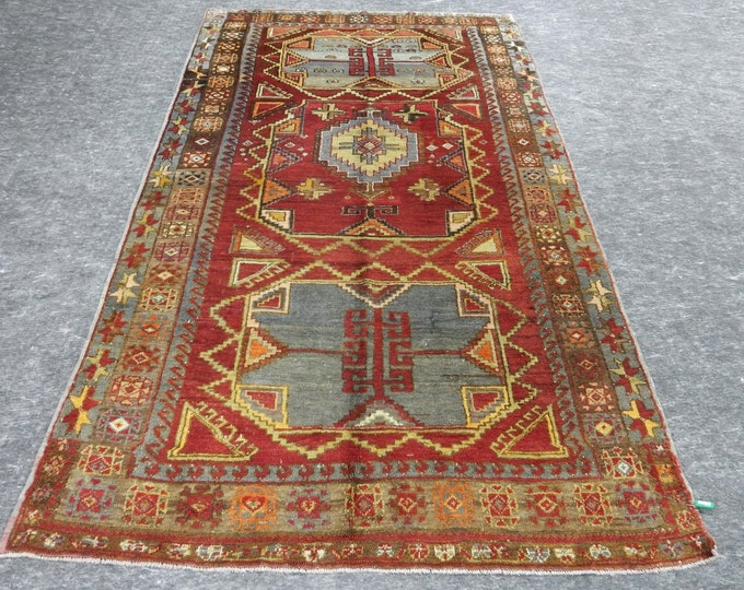 4'10'' x 8'6'' Anatolian Rug, Vintage Rug, Old Rug, Handmade Rug, Natural Rug, Wool Rug, Floor Rug,Turkish Rug, Gallery Size Rug, Red Rug