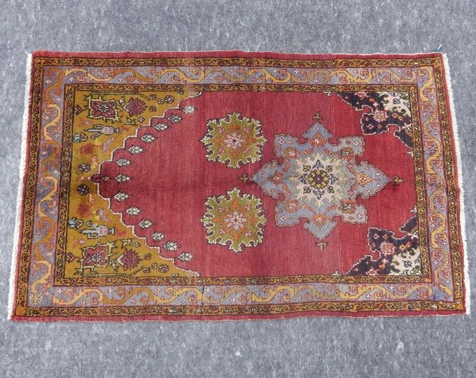 3'3'' x 5'2'' Anatolian Rug, Vintage Rug, Old Rug, Handmade Rug, Natural Rug, Wool Rug, Floor Rug,Turkish Rug, Red, Beige, Small Rugs