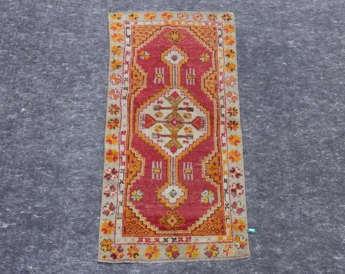 2'2'' x 4'5'' Anatolian Rug, Vintage Rug, Old Rug, Handmade Rug, Natural Rug, Wool Rug, Floor Rug,Turkish Rug, Red, Orange, Medallion Rug