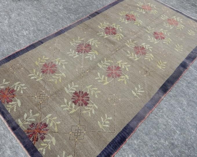"Room Size, Anatolia Rug, Turkish Beige rug, Red Flower Rug, Vintage handmade rug, Flower Design, Distressed rug, 46"" x 87"""
