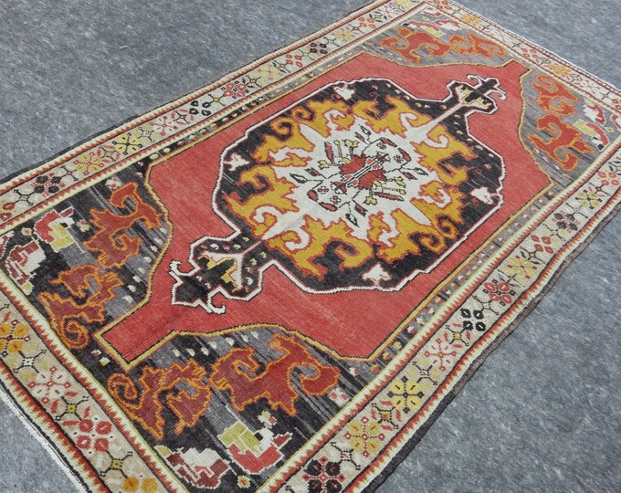 "4x7, Medallion Anatolia Rug, Turkish Red rug, Gray Rug, Vintage handmade rug, Area Rug, 48"" x 84"""