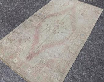 3'10'' x 6'10'' Anatolian Rug, Vintage Rug, Old Rug, Handmade Rug, Natural Rug, Wool Rug, Floor Rug,Turkish Rug,