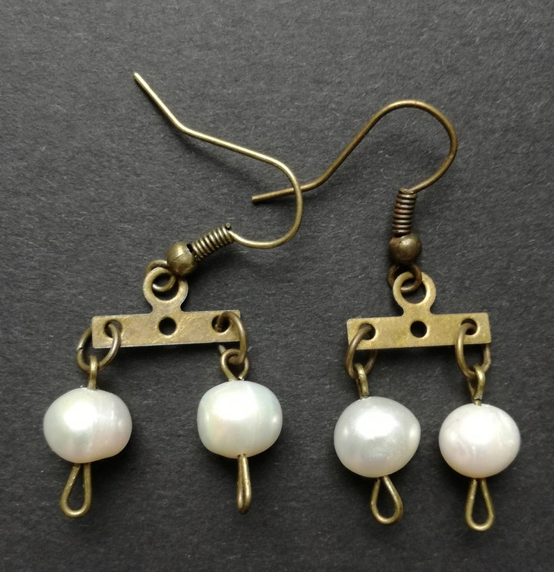 Double pearl earrings, Venus twin pearls bronze chandelier earrings, Roman  replica, jewelry remake, historical reenactment, museum shop