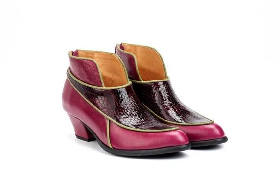 9609cd743c61f0 Bottines rouge cerise, dames bottes, bottes d'hiver 2019, bottes de de de  mode dames, bottes en cuir, bottes Bordeaux, bottes rouges, bottes imprimés  ...