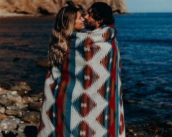 Tofino Beach Blanket - THE TRAVELLER