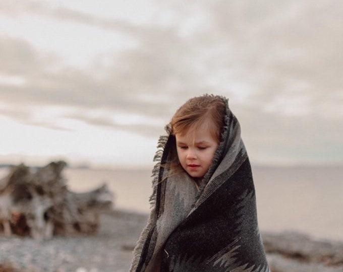 Tofino Beach Blanket - GREY DAYS