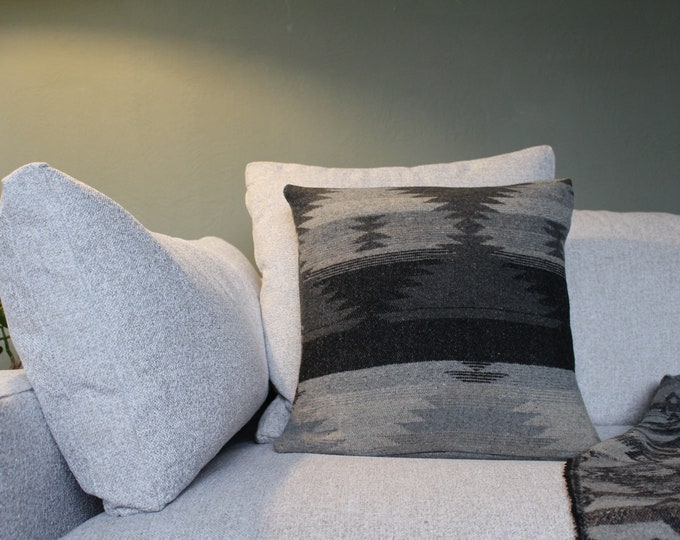 Aztec Pillow Cover - GREY DAYS