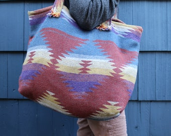 Travellin' Tote - THE WANDERER