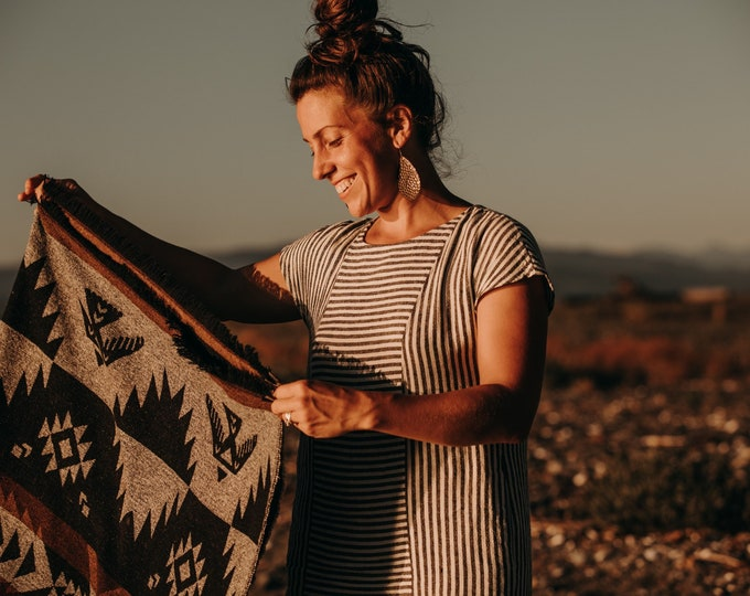 Tofino Beach Blanket - CONNECT