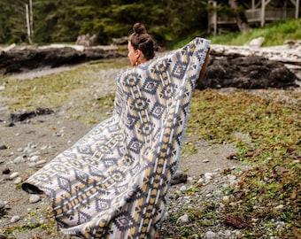 Tofino Beach Blanket - DAZED