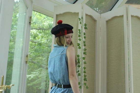 Vintage 1970's Authentic Edinburgh British Beret,