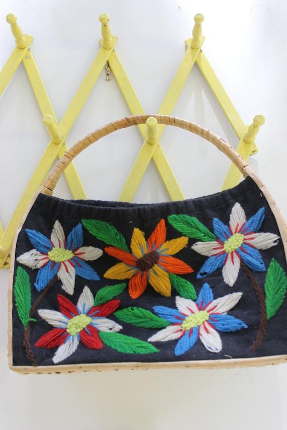 Vintage Straw Bag, Vintage Flower Embroidered Bag,