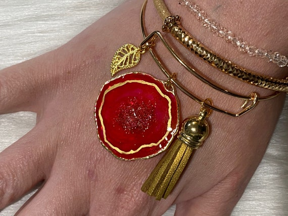 Fuchsia with druzy center Agate themed resin wearable art bracelet with coordinating charm & tassel BONUS matching beaded bracelets included