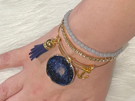 Navy Druzy Agate themed resin wearable art bracelet with coordinating charm and tassel BONUS matching beaded bracelets included