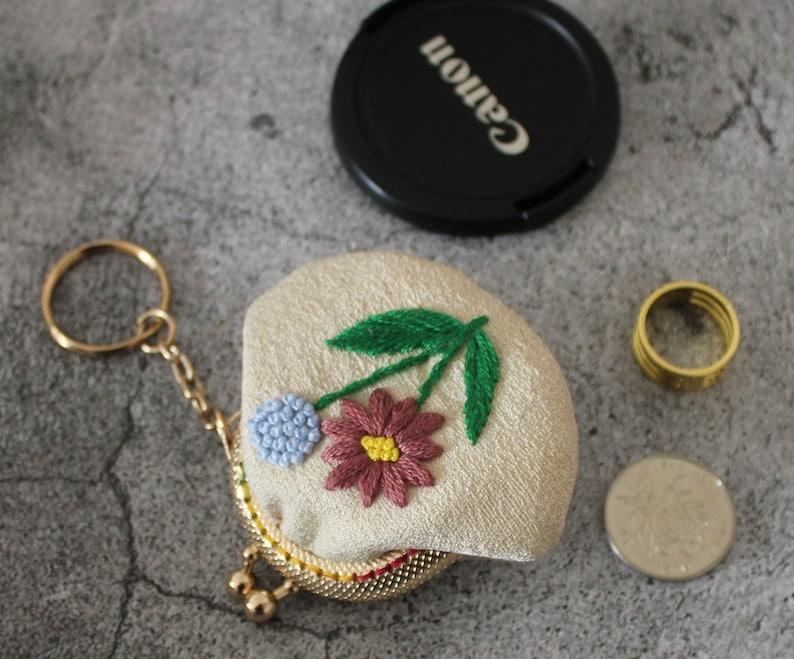 Embroidery Flower Kiss Lock Purse coins bag headphone bag Key chain  S041