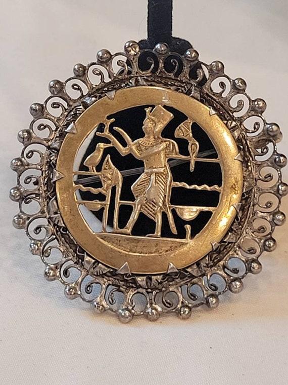 Vintage Egyptian Revival Sterling Silver brooch pe
