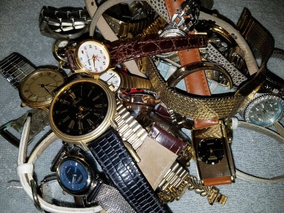 Watch parts lot, lot of 30