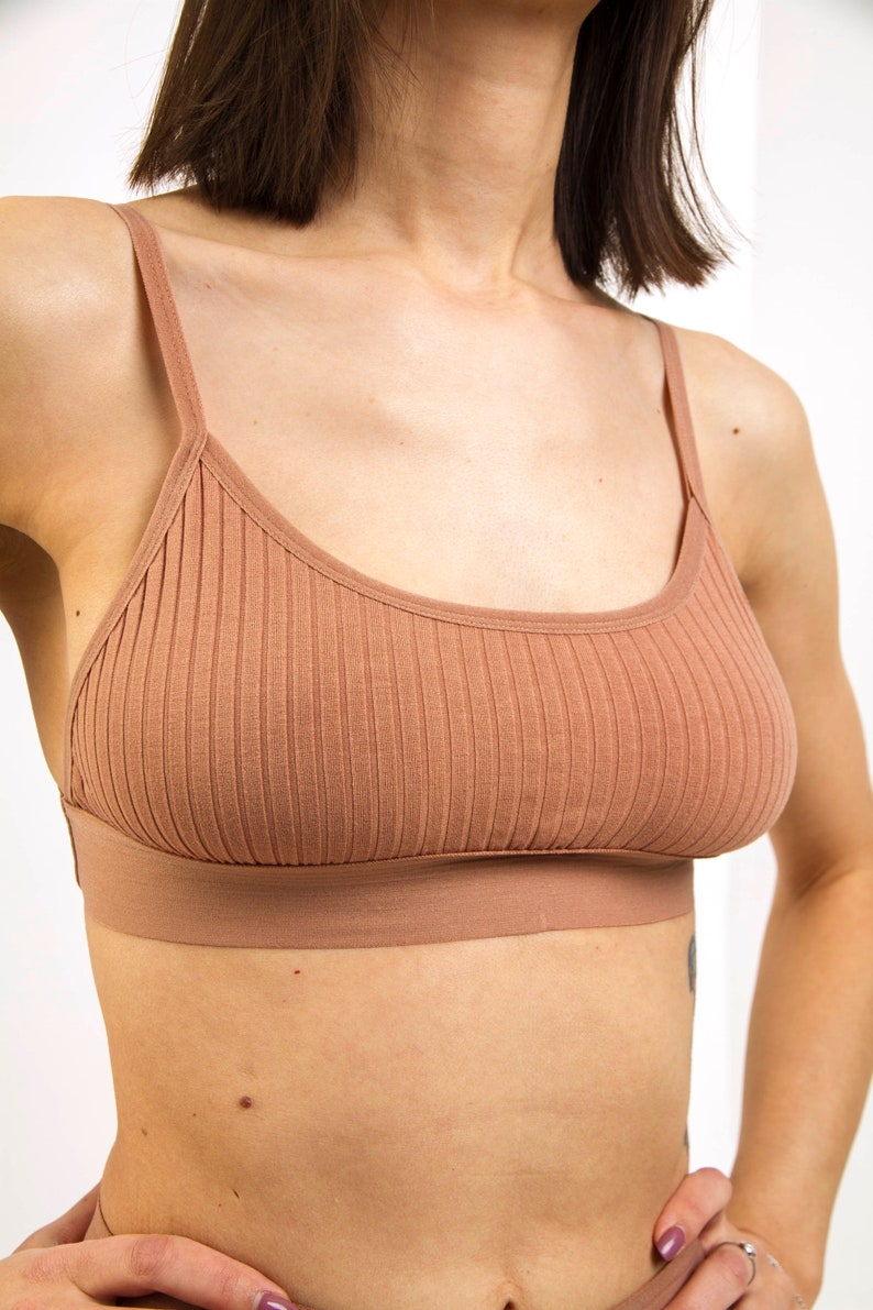 Ribbed bra with thin straps in sand color