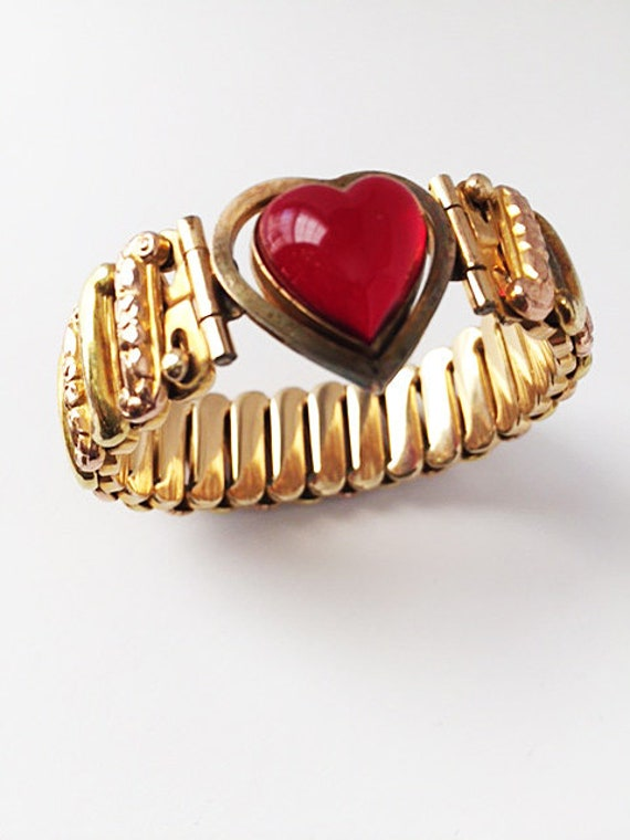 Lucite Jelly Belly Gold Plated Sweetheart Expansio