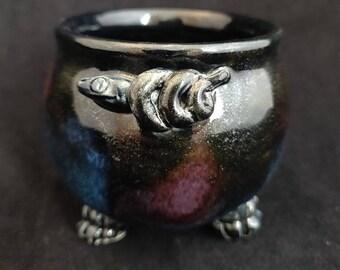 Ceramic 4oz Cauldron