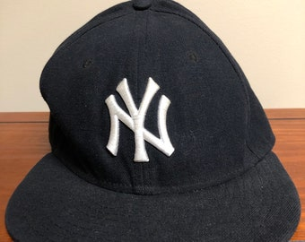 19f8e56bc7b New York Yankees Black fitted New Era Hat size 7 1 8